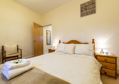 Cowshed Cottage - One Double Bedroom